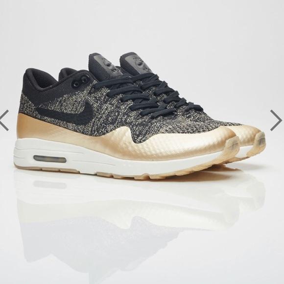 Nike Air Max 1 Ultra 2.0 Metallic Black & Gold   9
